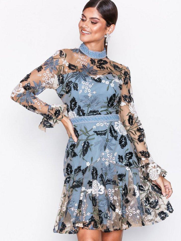 Floral Embroidered Dress køb festkjole
