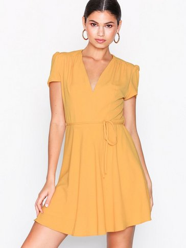 Glamorous - Short Sleeve Dress