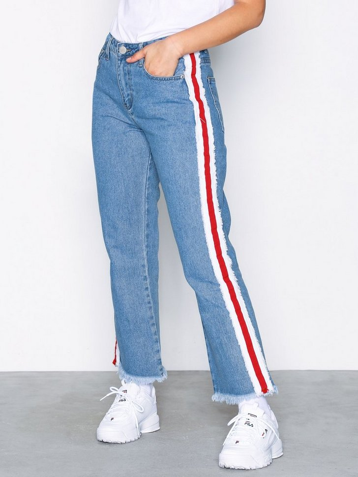 Nelly.com SE - Side Stripe Jeans 478.00