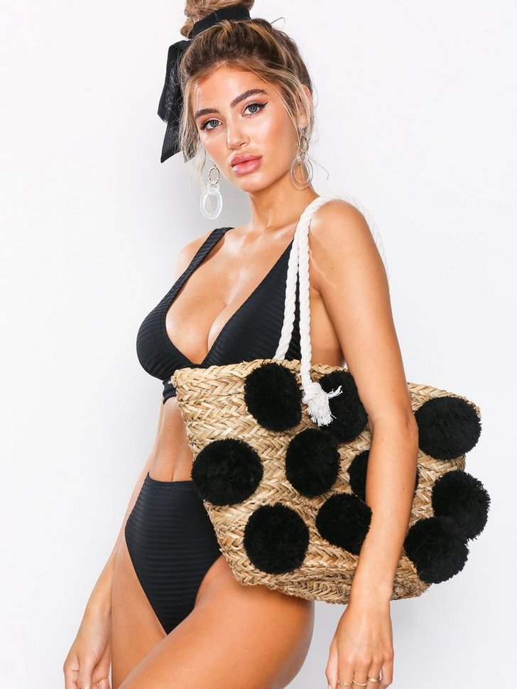 Nelly.com SE - Ladies Pom Pom Bag 448.00