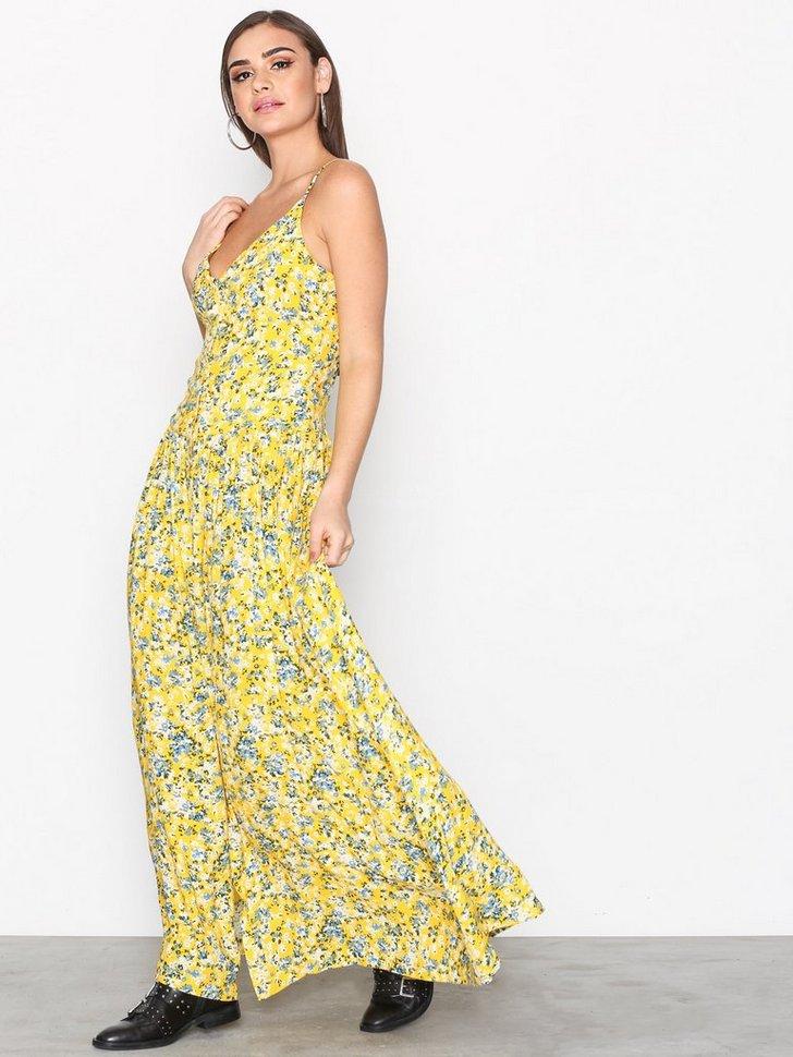 Nelly.com SE - Bini I Dress 1256.00 (1794.00)