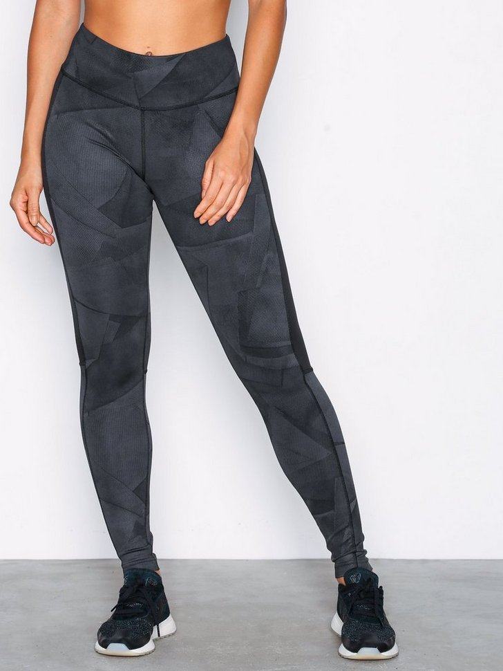 Nelly.com SE - Wor Aop Tight 448.00