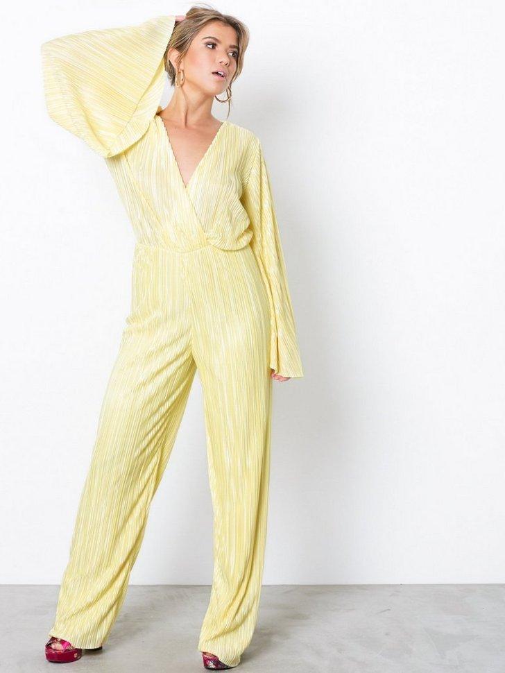 8ab50760e31 Pleated Kimono Jumpsuit · NLY Trend