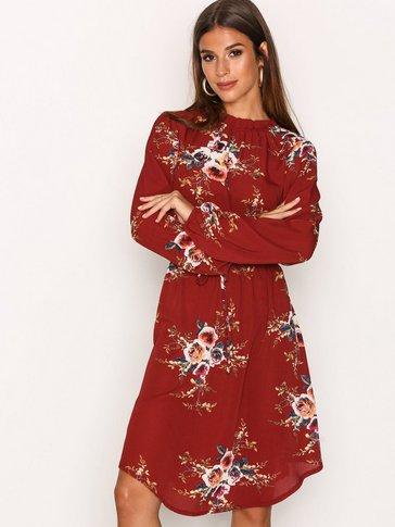 Sisters Point - Galoj Dress