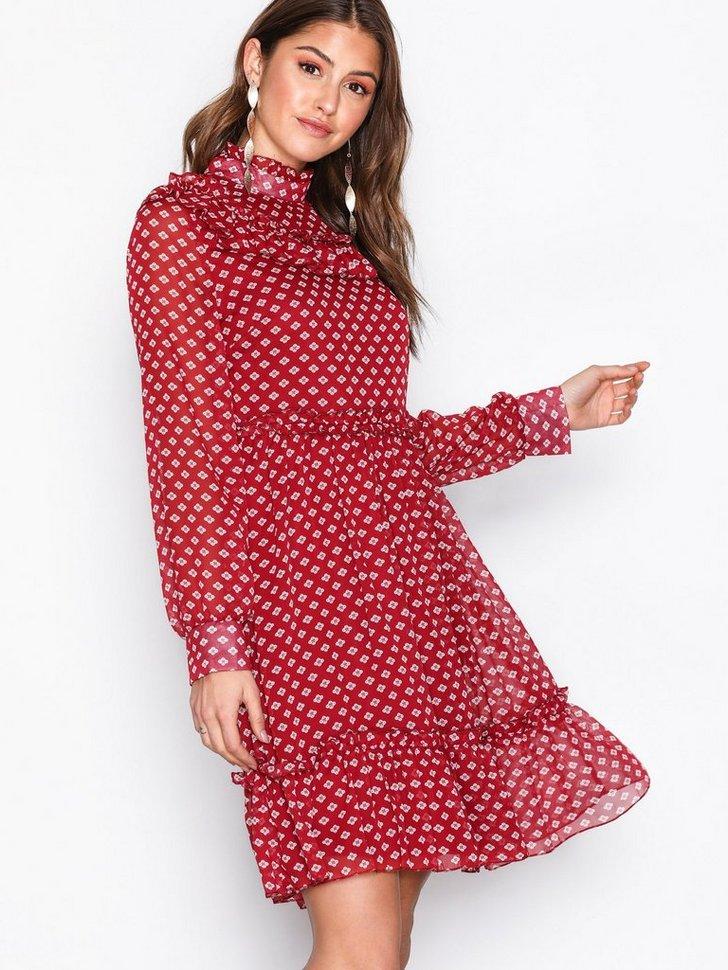 Nelly.com SE - Nubuk Dress 398.00