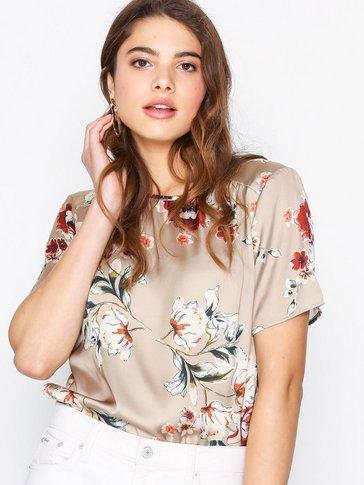 Sisters Point - Ella SS T-shirt