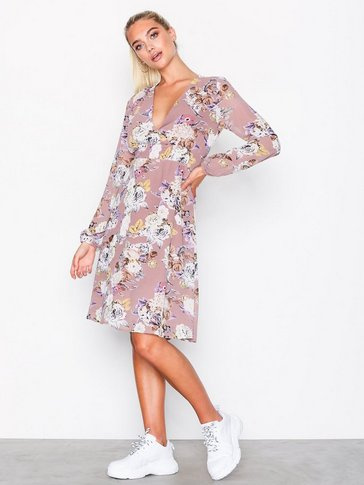 Sisters Point - Gaul Dress