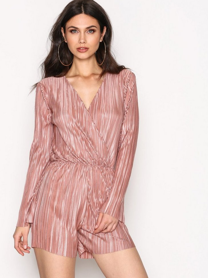 Nelly.com SE - Pleated Playsuit 69.00 (348.00)