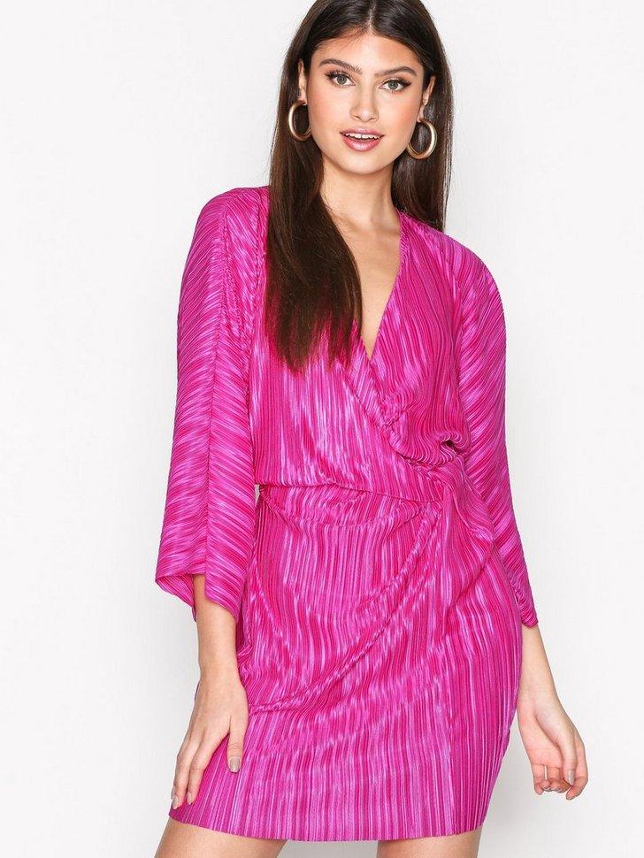 Nelly.com SE - Knot Pleat Kimono Dress 79.00