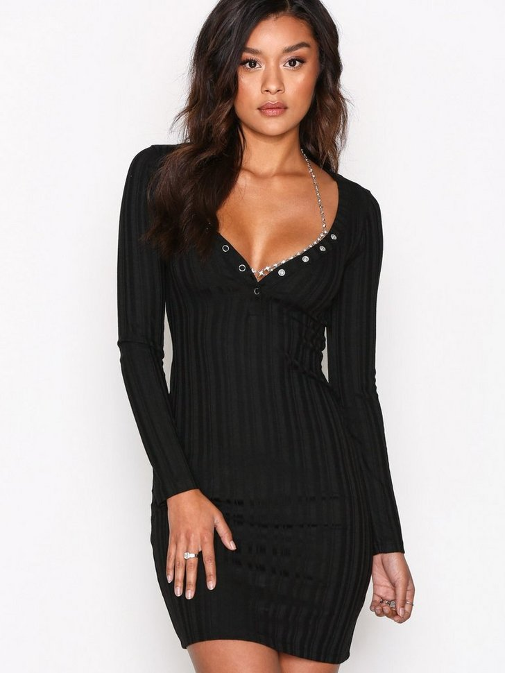 Nelly.com SE - Sweetheart Button Dress 298.00