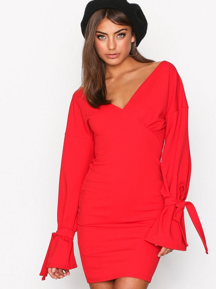 Nelly.com SE - Block Tie Sleeve Dress 348.00