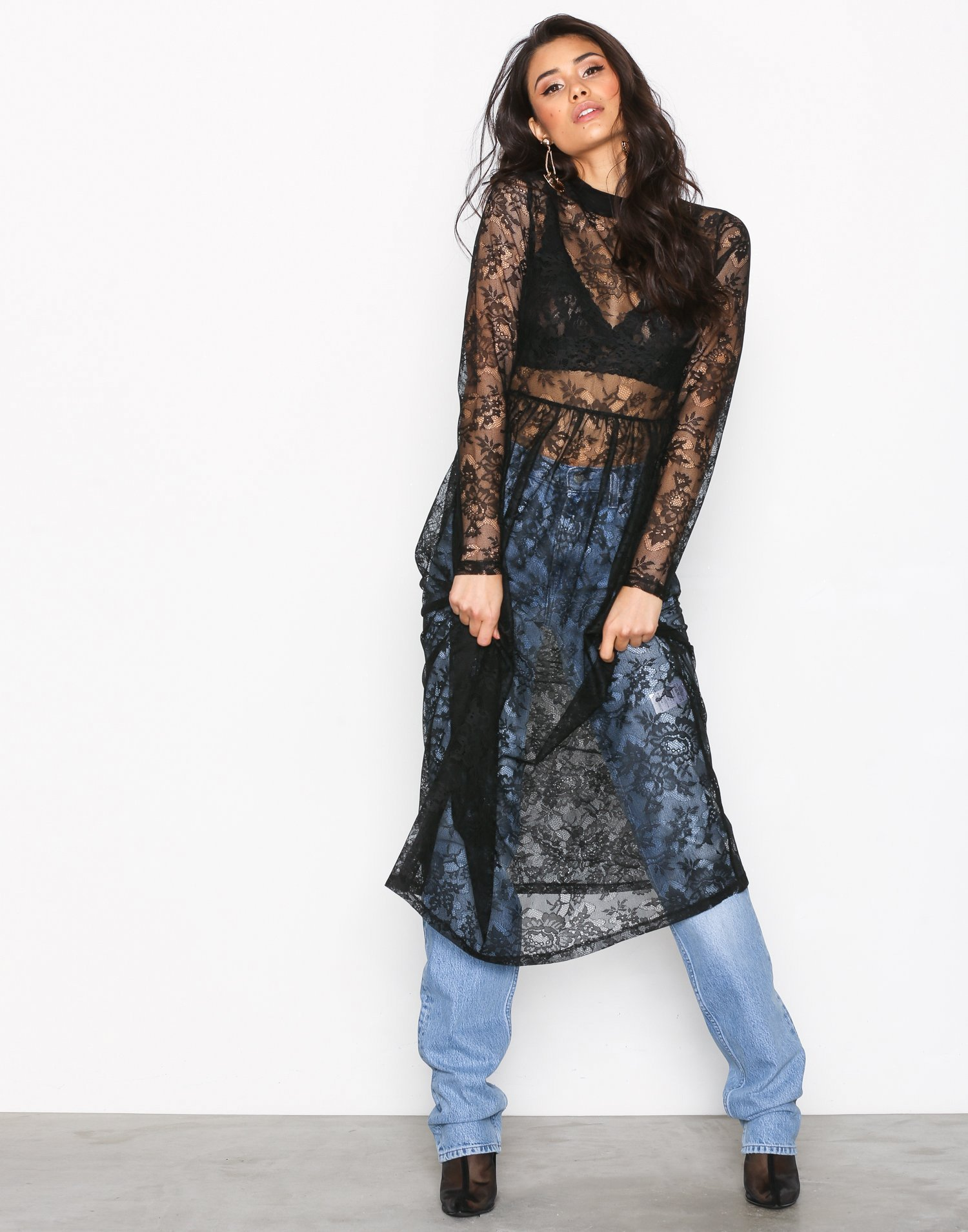 Gathered Midi Lace Dress by Nly Trend