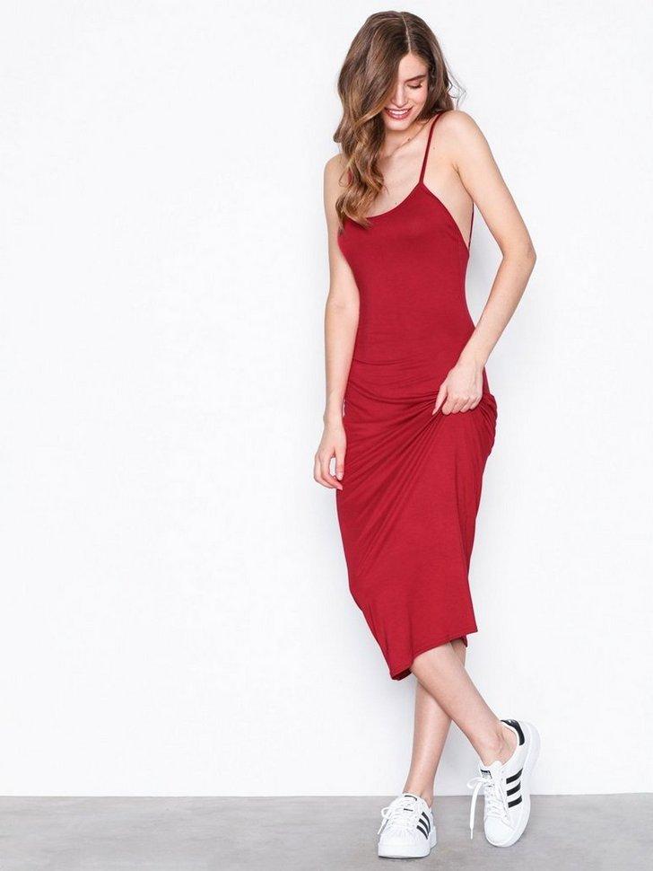 Nelly.com SE - Flirty Back Dress 198.00