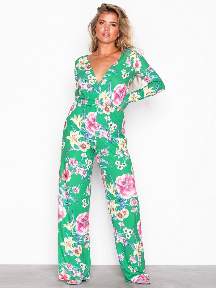 Nelly.com SE - Printed Jumpsuit 239.00 (398.00)