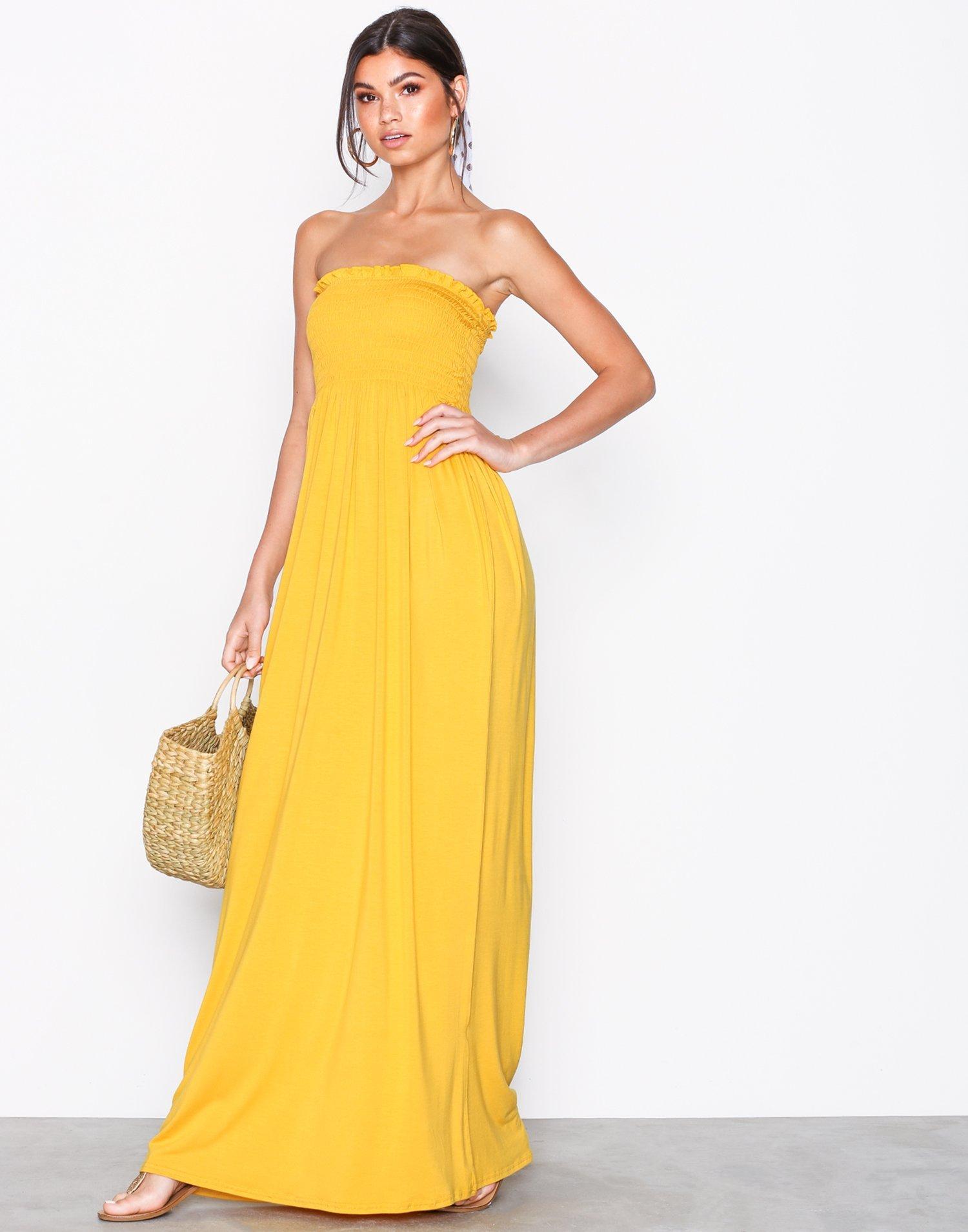 25b218ae9dbe shirring-tube-maxi-dress by nly-trend