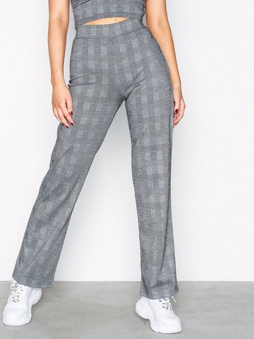 NLY Trend - Check Pants