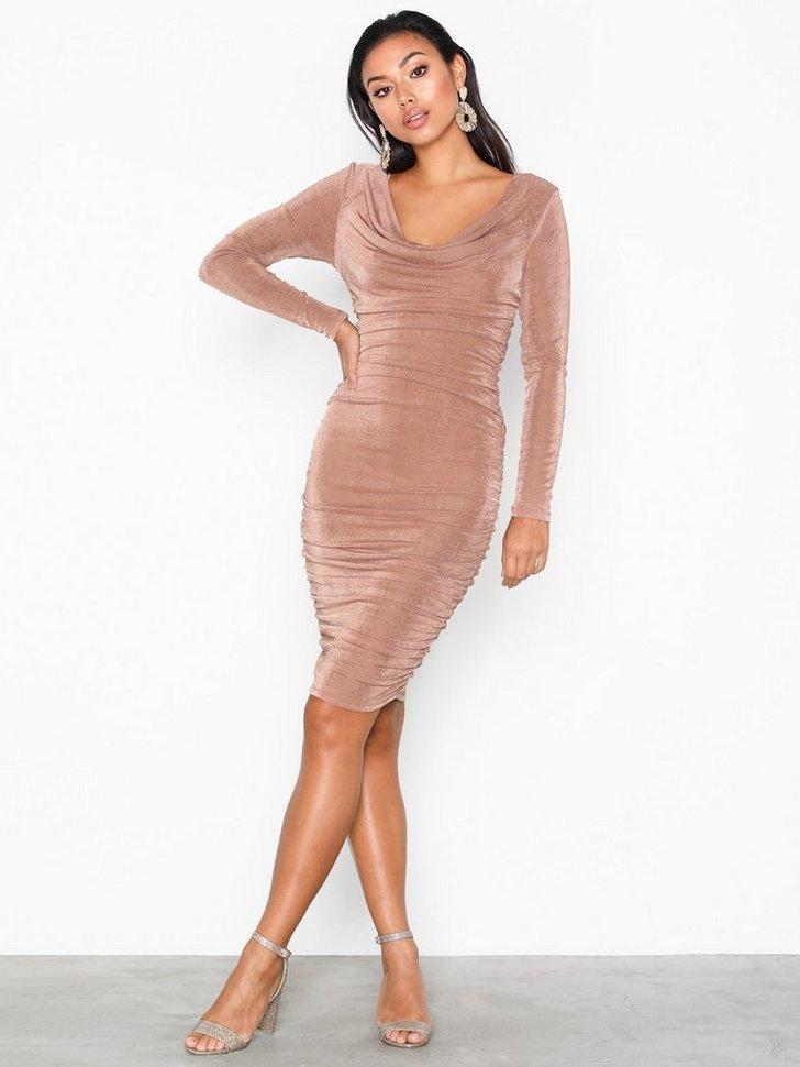 Nelly.com SE - Wrinkle Dress 498.00