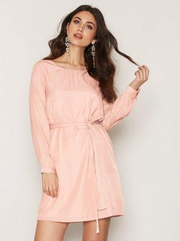 Dry Lake - In Love Sleeve Dress
