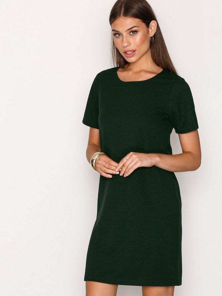 Nelly.com SE - Mystica Dress 419.00 (698.00)